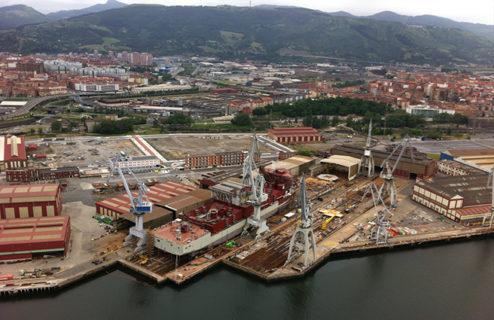 Los astilleros vascos lideran la cartera de pedidos del naval español