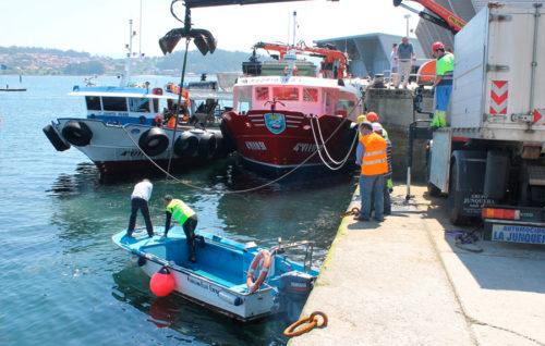 Portos inicia el plan de limpieza de dársenas en diecinueve puertos gallegos