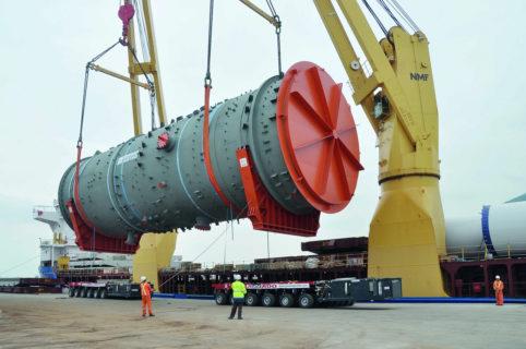Los Puertos del Estado mueven 284,5 millones de toneladas en el primer semestre